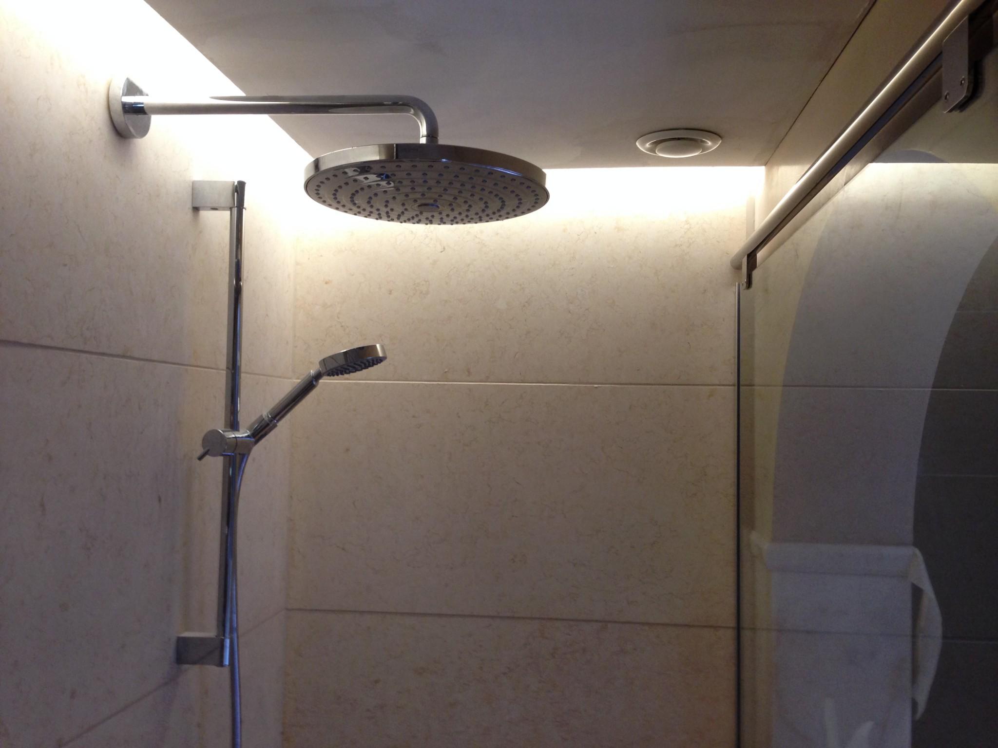 salle de bain li ge bureau d 39 architecture tilkin. Black Bedroom Furniture Sets. Home Design Ideas